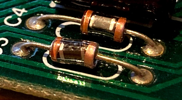 glass capsule capacitor